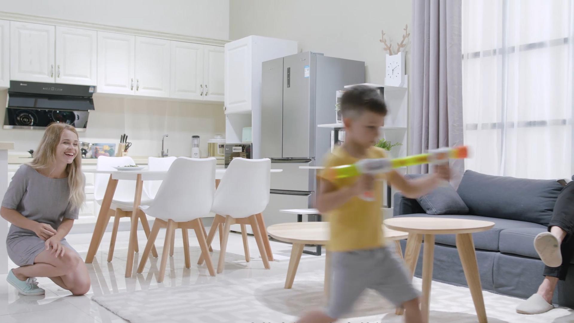 客厅厨房一体场景