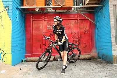 潮流款自行车拍摄
